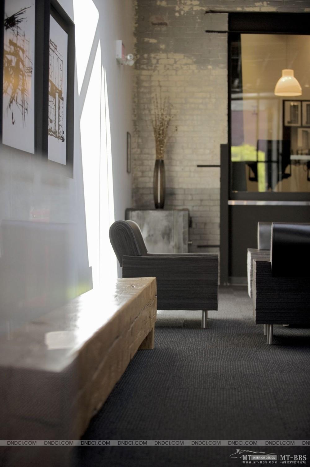 加拿大LEMAYMICHAUD设计公司的办公室_MD5da9de9348ebc87d4.jpg