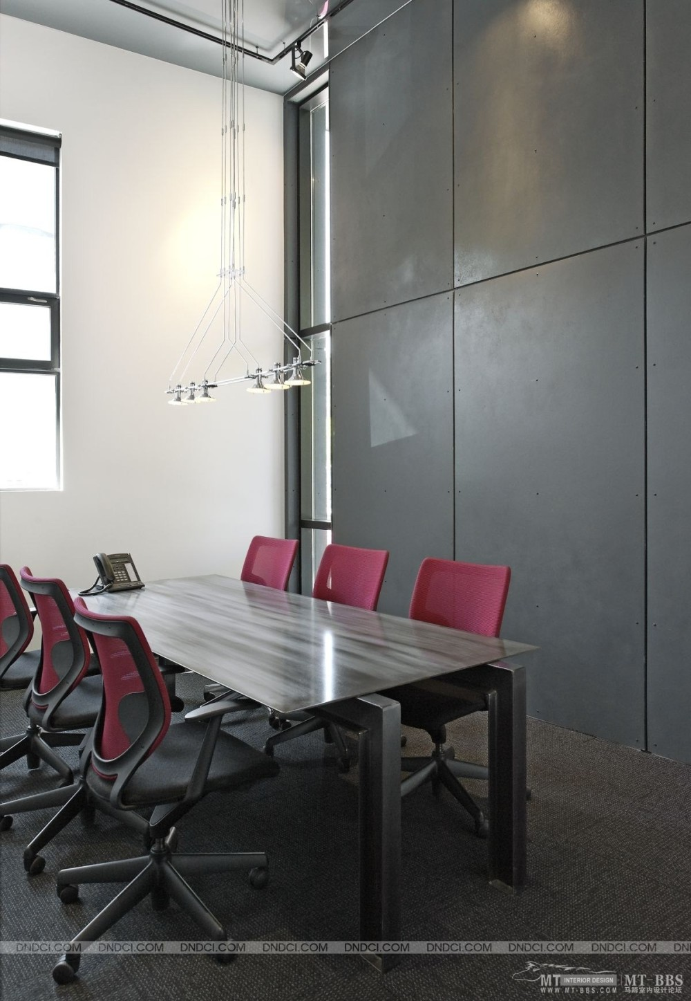 加拿大LEMAYMICHAUD设计公司的办公室_MD5568cfd17db4f02a3.jpg