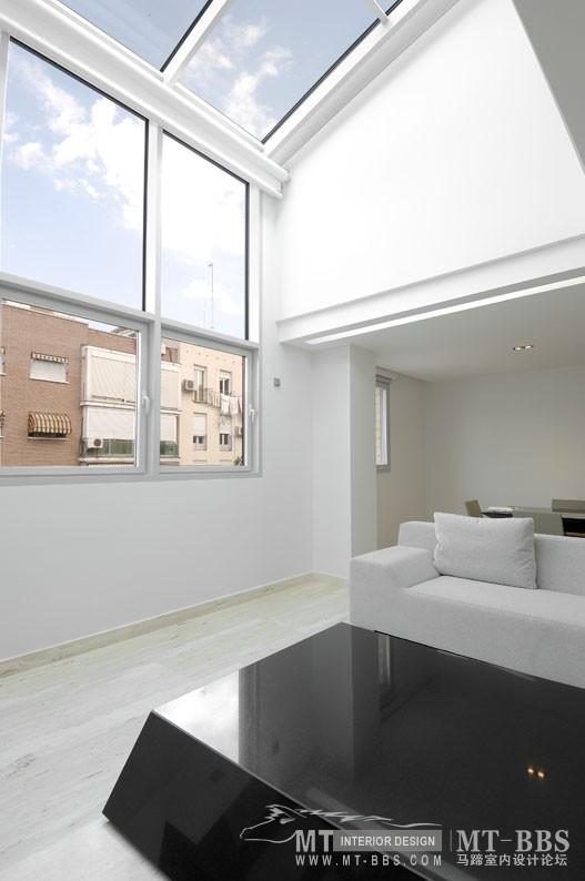 西班牙马德里老建筑公寓室内设计改造_IMG2011021861525684.jpg