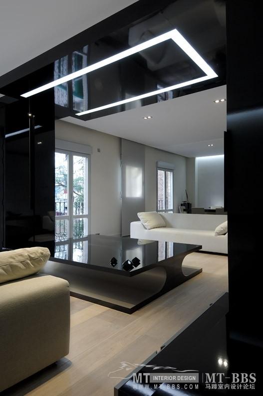 西班牙马德里老建筑公寓室内设计改造_IMG2011021861503434.jpg