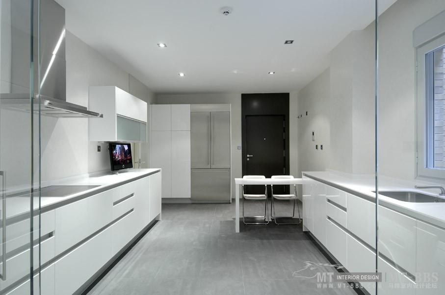 西班牙马德里老建筑公寓室内设计改造_IMG2011021861582247.jpg