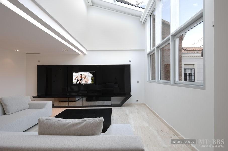西班牙马德里老建筑公寓室内设计改造_IMG2011021861518793.jpg