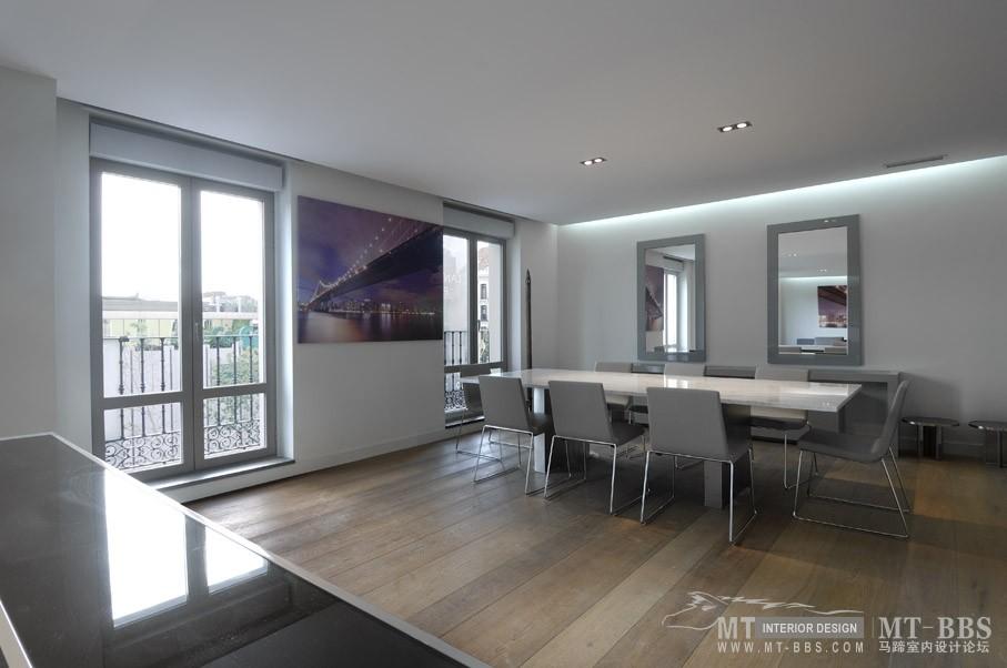 西班牙马德里老建筑公寓室内设计改造_IMG2011021861541559.jpg