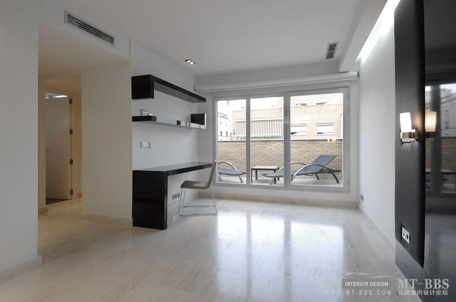 西班牙马德里老建筑公寓室内设计改造_IMG2011021861593653.jpg