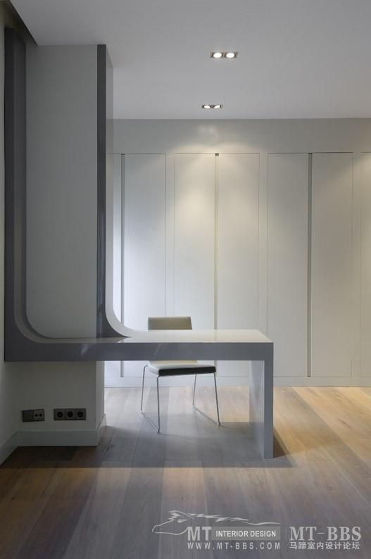 西班牙马德里老建筑公寓室内设计改造_IMG2011021861603075.jpg