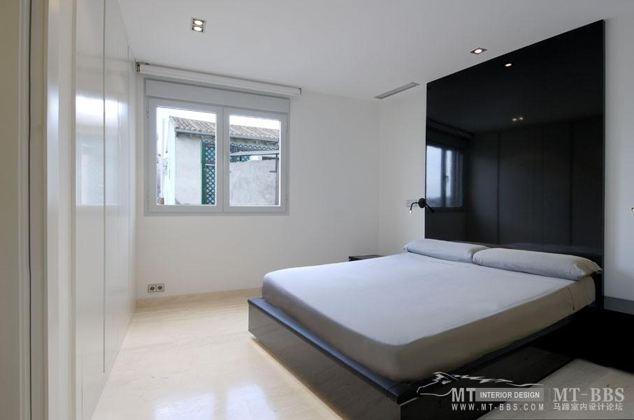 西班牙马德里老建筑公寓室内设计改造_IMG2011021861625856.jpg