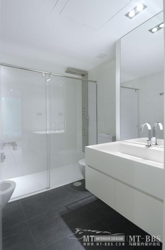 西班牙马德里老建筑公寓室内设计改造_IMG2011021861644012.jpg