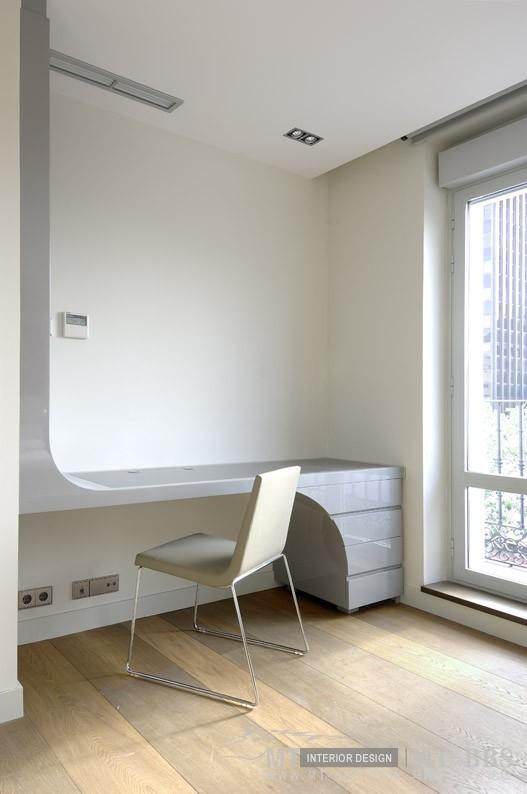 西班牙马德里老建筑公寓室内设计改造_IMG2011021861617887.jpg
