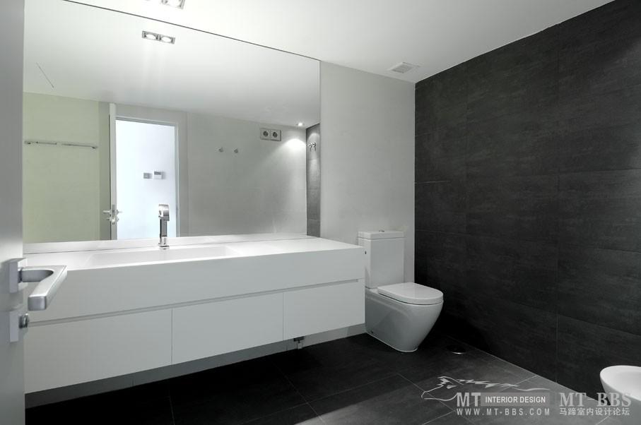 西班牙马德里老建筑公寓室内设计改造_IMG2011021861647028.jpg