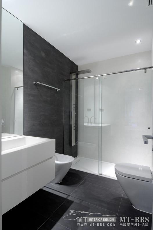 西班牙马德里老建筑公寓室内设计改造_IMG2011021861665262.jpg