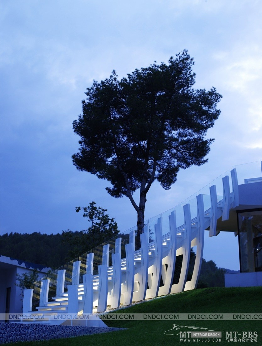 世界级现代豪华别墅:马略卡岛Casa Son Vida 1_MD50b3994ceb3dcc17a.jpg