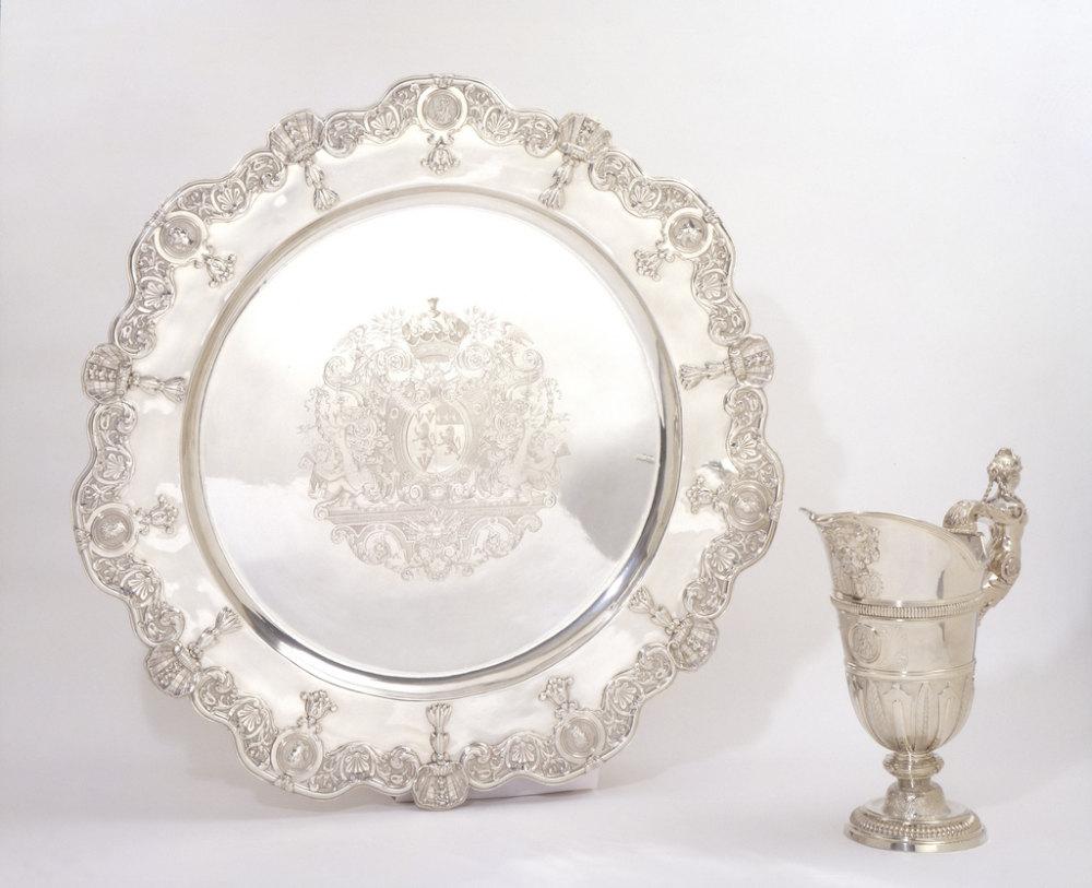 银执壶和盆