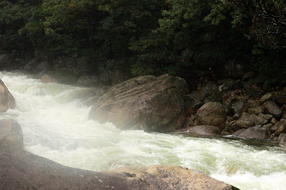 金刚山途中瀑布11.jpg