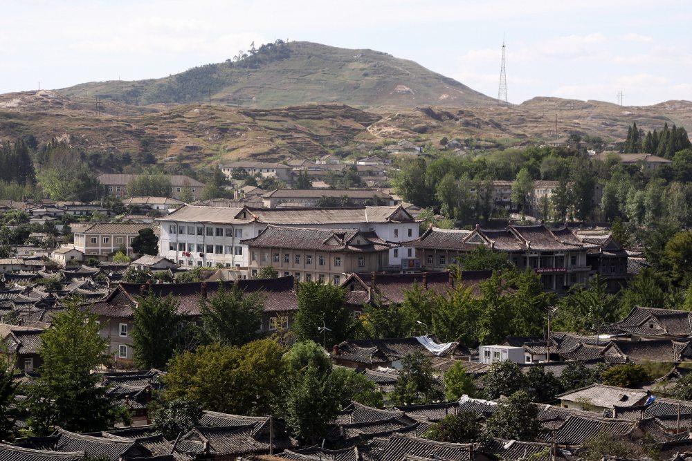 朝鲜开城老城区4.jpg