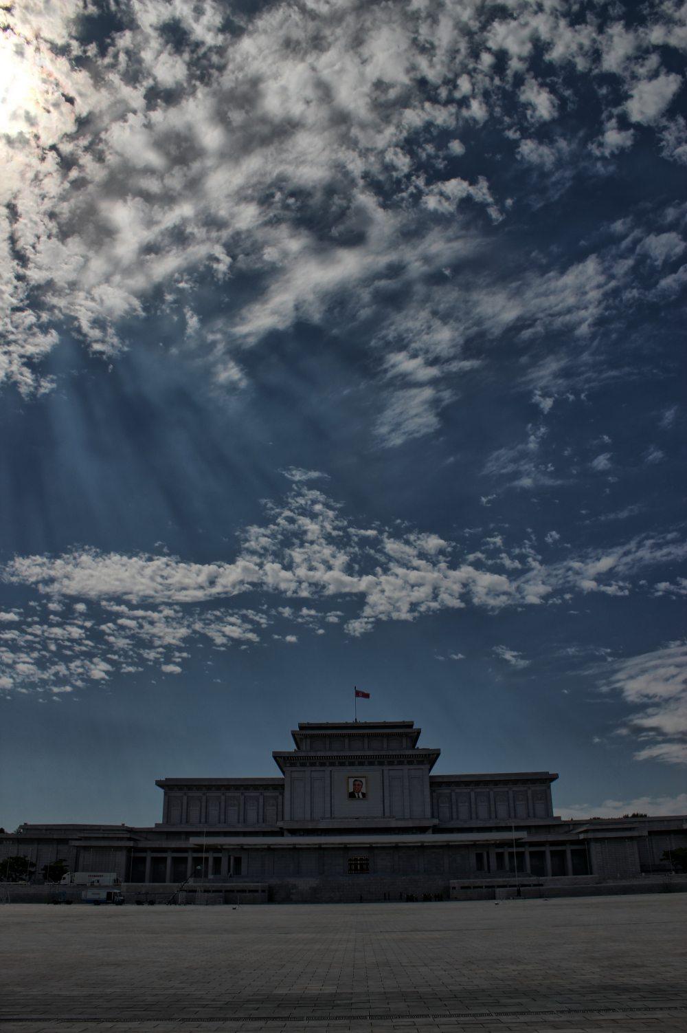 锦绣山纪念堂1.jpg