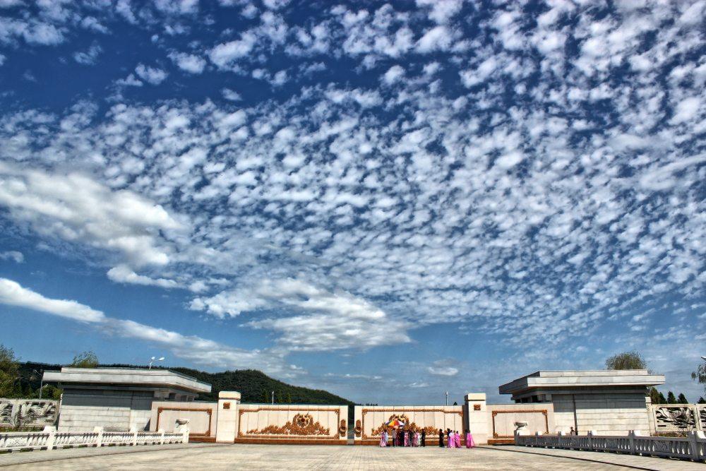 锦绣山纪念堂入口.jpg