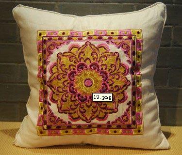 免费分享个人收藏的抱枕,希望同仁们喜欢_seeeee.jpg