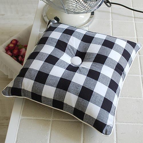 免费分享个人收藏的抱枕,希望同仁们喜欢_27cb0c41c5e7ccc8708eb6c6e1aaab4a.jpg