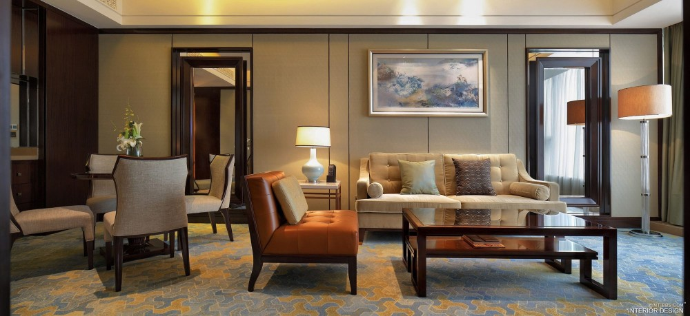 杨邦胜——YANG酒店设计集团创始人_厦门凯宾斯基-客房1.jpg
