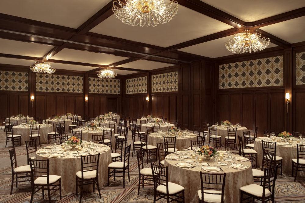犹他州鹿谷瑞吉酒店The St. Regis Deer Valley, Utah (..._The St. Regis Deer Valley—Ballroom.jpg