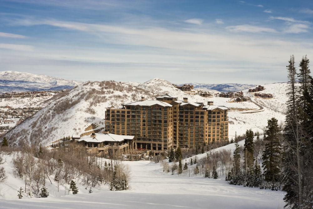 犹他州鹿谷瑞吉酒店The St. Regis Deer Valley, Utah (..._The St. Regis Deer Valley—Exterior2.jpg