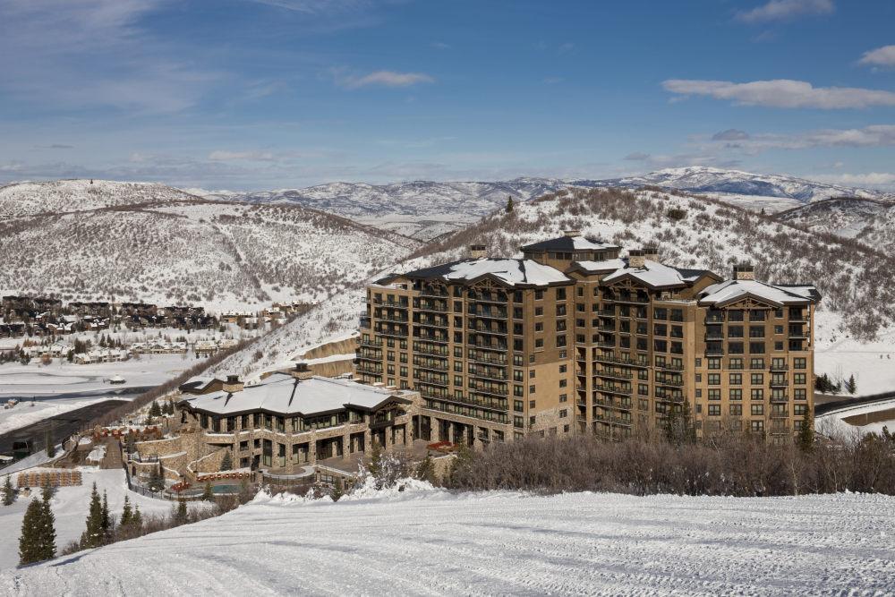 犹他州鹿谷瑞吉酒店The St. Regis Deer Valley, Utah (..._The St. Regis Deer Valley—Exterior6.jpg