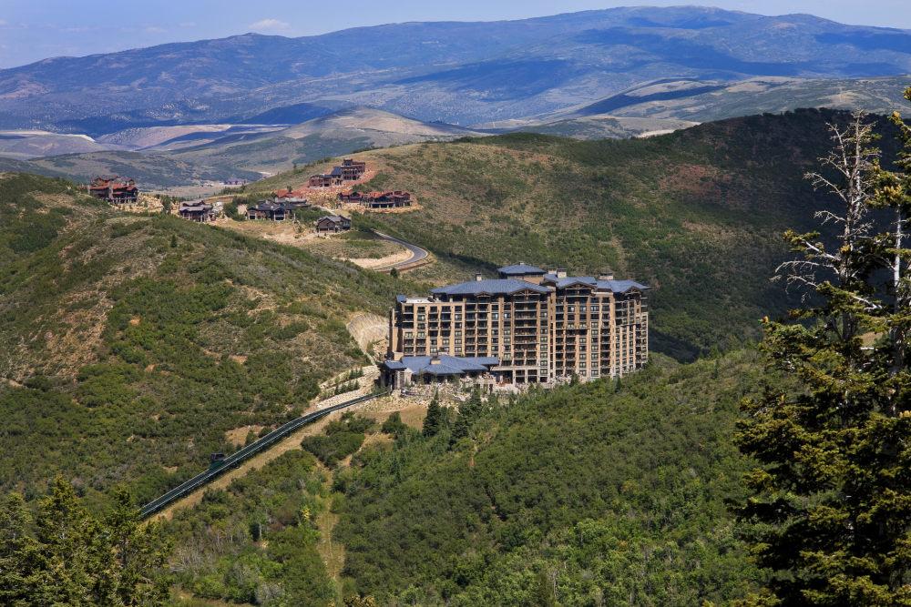 犹他州鹿谷瑞吉酒店The St. Regis Deer Valley, Utah (..._The St. Regis Deer Valley—Exterior8.jpg