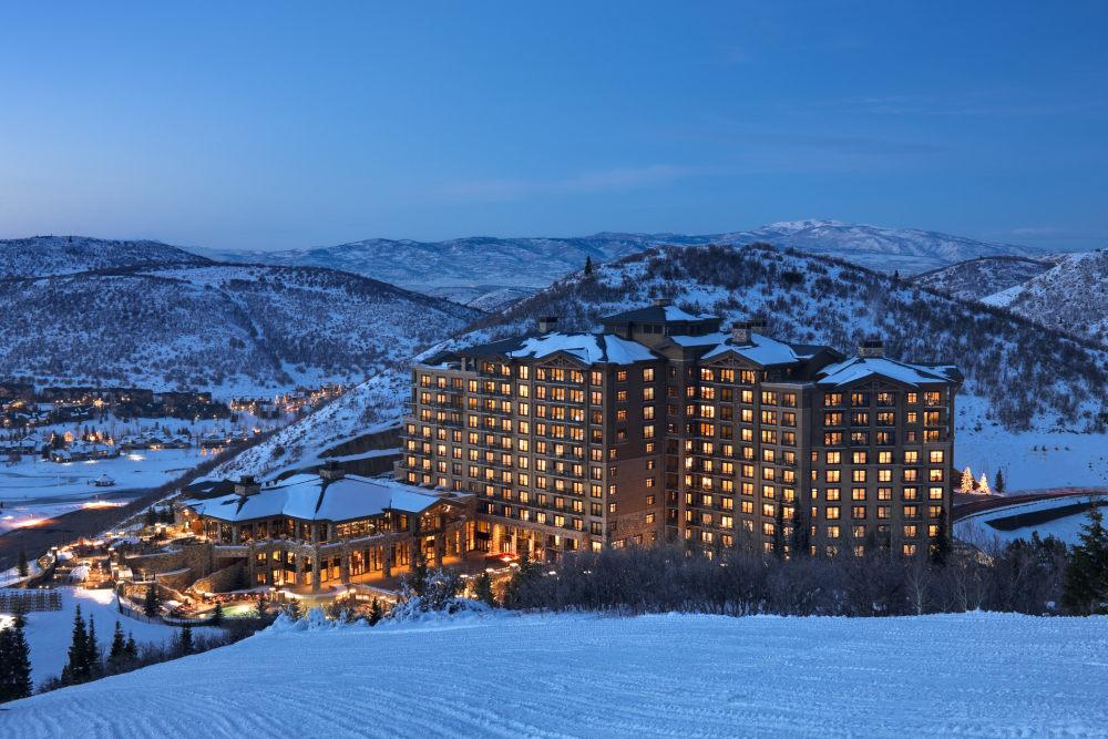 犹他州鹿谷瑞吉酒店The St. Regis Deer Valley, Utah (..._The St. Regis Deer Valley—Exterior10.jpg
