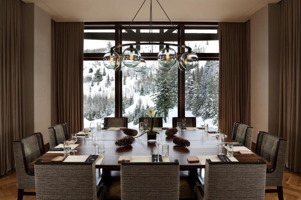 犹他州鹿谷瑞吉酒店The St. Regis Deer Valley, Utah (..._The St. Regis Deer Valley—J&G Grill Chef\\\\\\'s Table.jpg