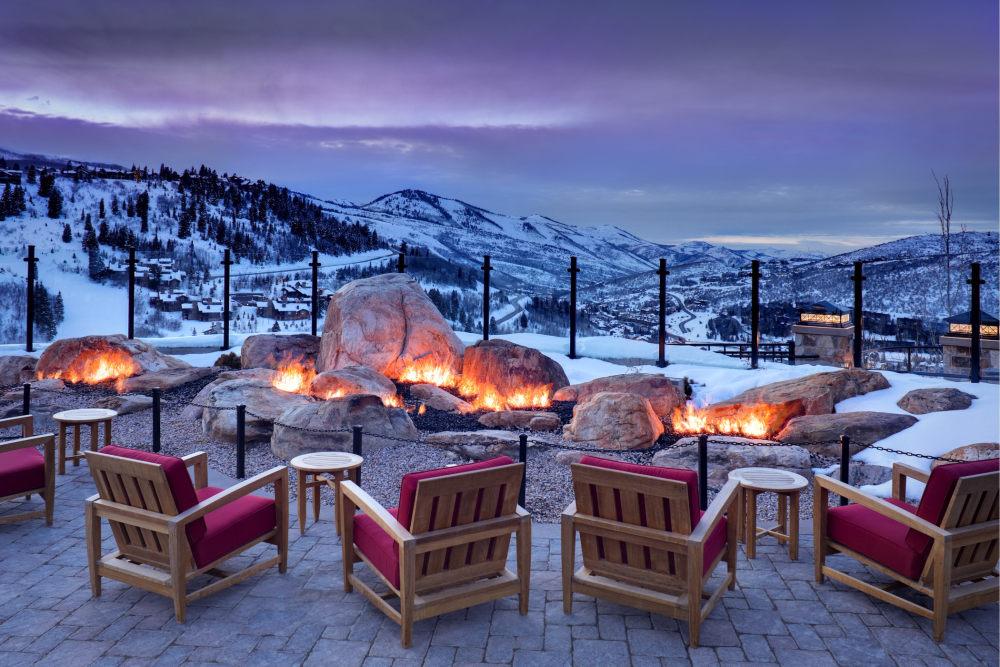 犹他州鹿谷瑞吉酒店The St. Regis Deer Valley, Utah (..._The St. Regis Deer Valley—Mountain Terrace-Garden of Fire.jpg
