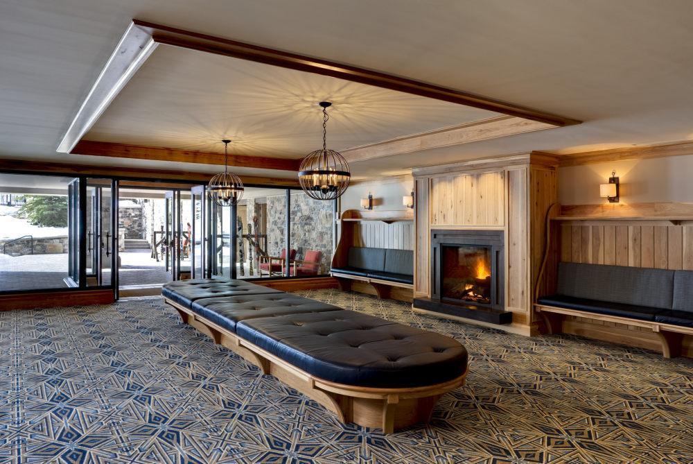 犹他州鹿谷瑞吉酒店The St. Regis Deer Valley, Utah (..._The St. Regis Deer Valley—Ski Valet.jpg