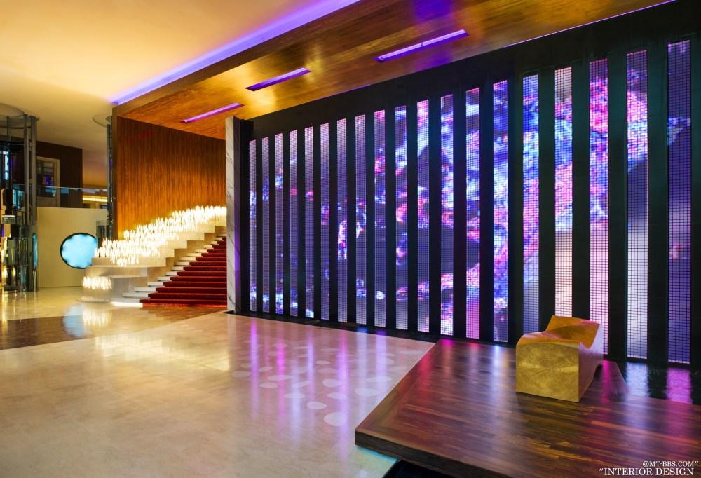 全球45家W酒店官方专业摄影_001_W Singapore Sentosa Cove—Entrance LED Lights.jpg