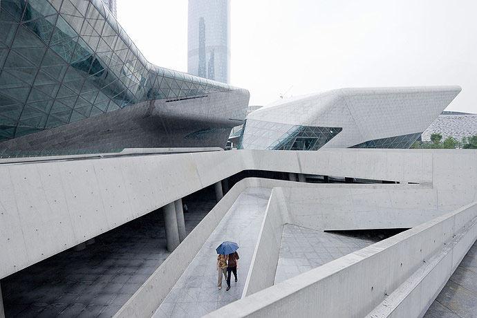 广州歌剧院-Zaha Hadid Architect_Guangzhou-Opera-7.jpg