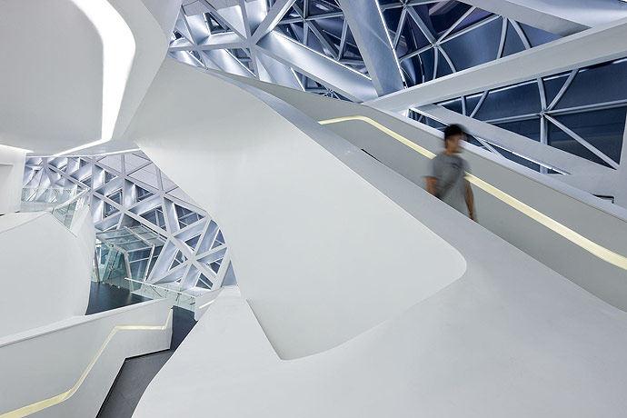 广州歌剧院-Zaha Hadid Architect_Guangzhou-Opera-12.jpg