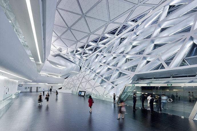 广州歌剧院-Zaha Hadid Architect_Guangzhou-Opera-13.jpg