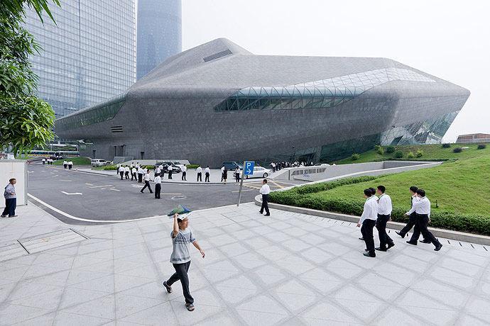 广州歌剧院-Zaha Hadid Architect_Guangzhou-Opera-22.jpg