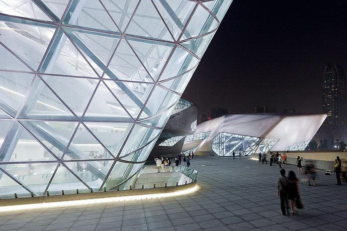 广州歌剧院-Zaha Hadid Architect_Guangzhou-Opera-30.jpg
