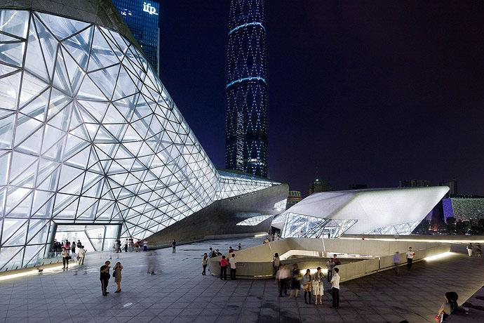 广州歌剧院-Zaha Hadid Architect_Guangzhou-Opera-31.jpg