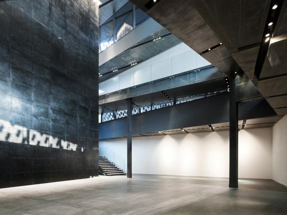 Xinjin-Zhi-Museum-04.jpg