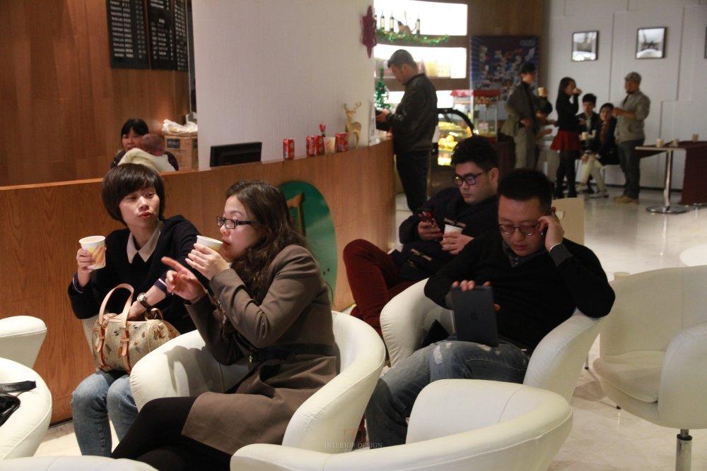 马蹄2013-2014年第四届深圳设计年会活动(年会专题信息收集)_方老师分享结束,晚餐时间也是大家重要的交流时间