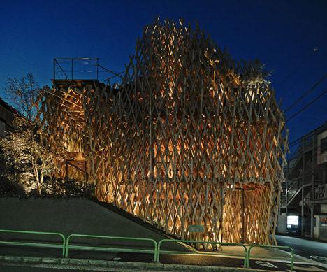 SunnyHills-cake-shop-by-Kengo-Kuma-encased-within-intricate-timber-lattice_dezeen_7.jpg