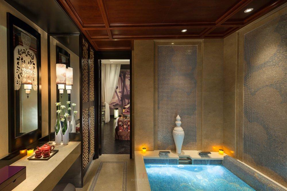 季裕棠  广州文华东方酒店高清图片_guangzhou-luxury-spa-couple-suite-wet-facilities.jpg