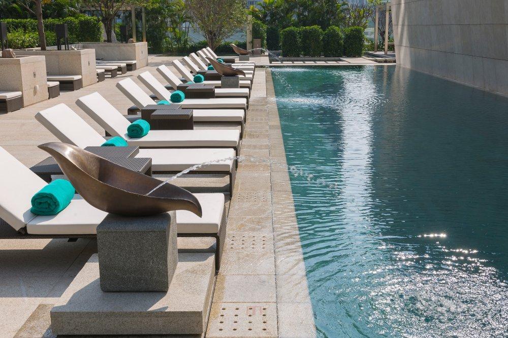 季裕棠  广州文华东方酒店高清图片_guangzhou-pool-2.jpg