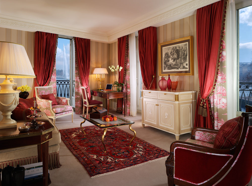 Pierre-Yves Rochon设计的四季酒店_04red.jpg