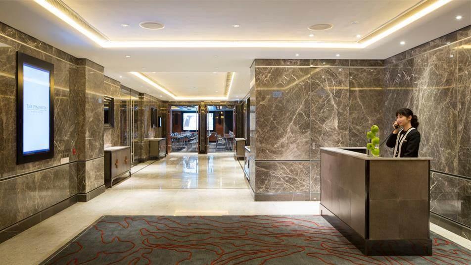 重新装修后的香港半岛酒店_Conference-Centre-Foyer-1.ashx.jpg