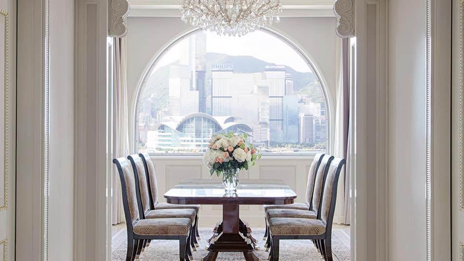 重新装修后的香港半岛酒店_Marco-Polo-Suite-Entrance.jpg