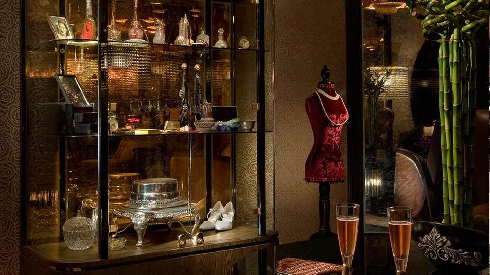 重新装修后的香港半岛酒店_Salon-de-Ning-bar-Boudoir-Room.ashx.jpg