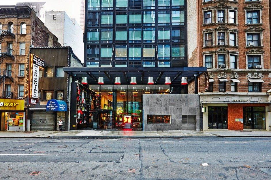 纽约时代广场citizenM 酒店-由Concrete Architectural Associates设计_cm_030614_01-940x626.jpg
