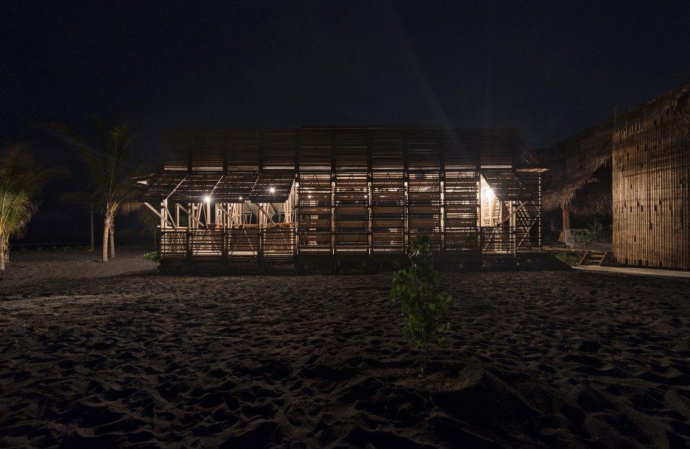 危地马拉Beach House( Christian Ochaita)_53ee9864c07a80096200033c_guatemala-beach-house-christian-ochaita-roberto-g-lvez_.jpg