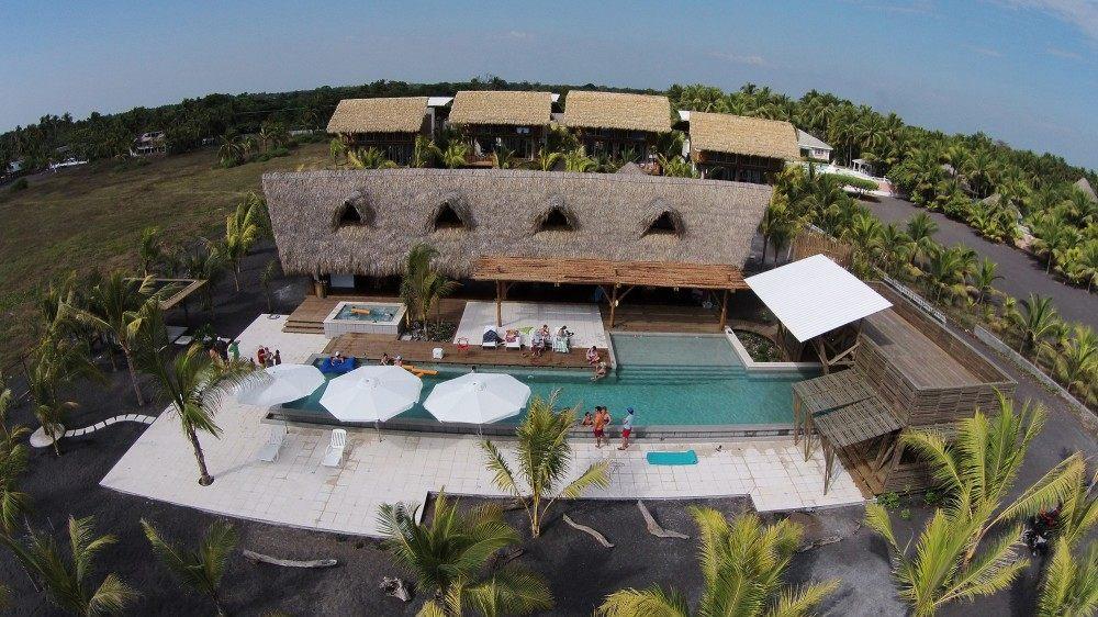 危地马拉Beach House( Christian Ochaita)_53ee984bc07a80096200033b_guatemala-beach-house-christian-ochaita-roberto-g-lvez_.jpg